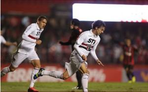 Rodrigo Caio comemora gol. (Foto: Paulo Pinto)