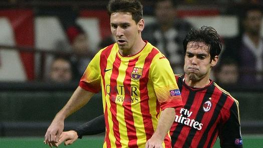 Messi e Kaká em lance no meio campo. (Foto: Getty)