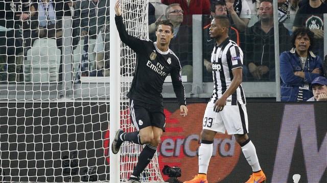 Cristiano guardou o seu e segue artilheiro da competição. Foto: AP)