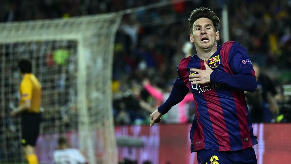 Messi comemora o primeiro gol da partida. (Foto: AP)
