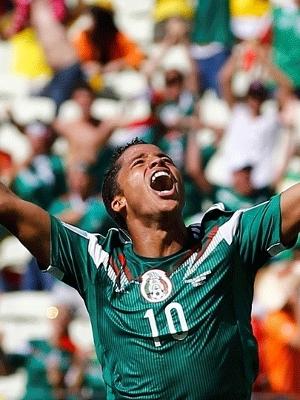Giovanni dos Santos abriu o marcador para o México. (Foto: Getty)