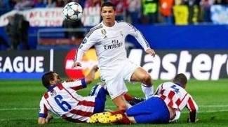 Cristiano Ronaldo Parou na forte marcação do time de Simione. (Fotto: Getty Images)