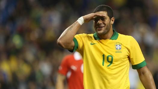 Hulk abriu o placar para o Brasil. (Foto: CBF)
