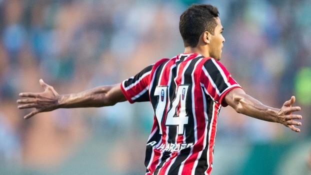 Alan Kardec comemora gol da vitória sobre seu ex-time. (Foto: FERNANDO DANTAS/GAZETA PRESS)