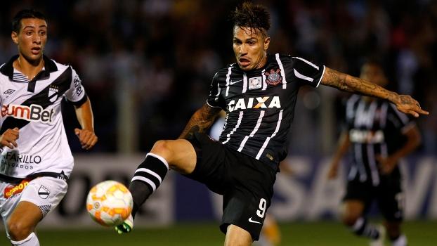 Guerrero foi o destaque da partida e decidiu novamente. (Foto: Reuters)