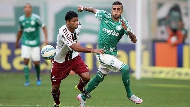 Rafael Marques guardou mais um gol de cabeça. (Foto: Marcos Ribolli)