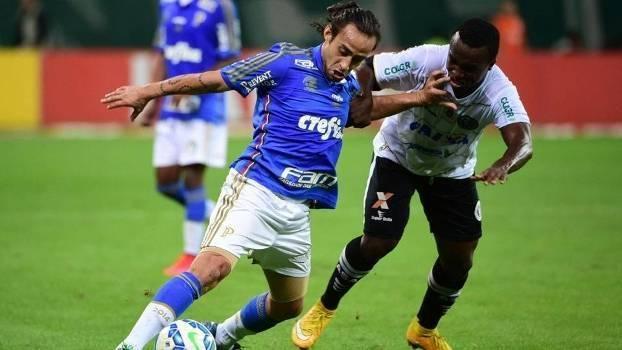 Valdivia não foi capaz de fazer mágica diante da forte marcação do ASA. (Foto: Gazeta Press)