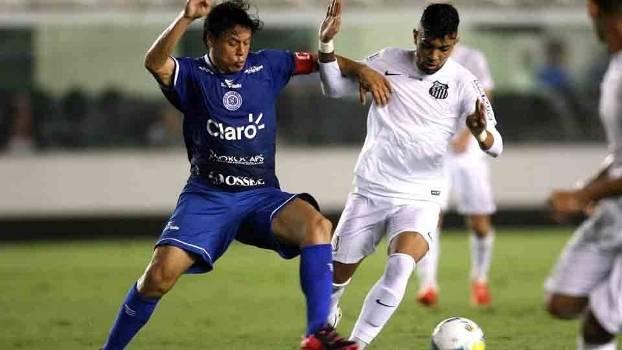 Gabriel substituiu Robinho e fez o seu na Vila. (Foto: Gazeta Press)