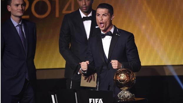 CR7 vibra com a conquista da Bola de Ouro em Zurique na Suiça. (Foto: Getty Images)