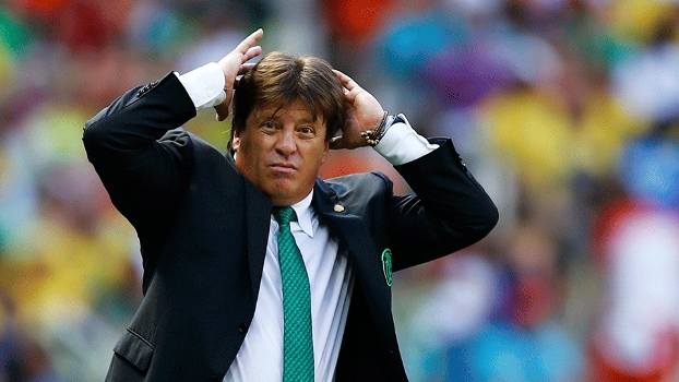 Miguel Herrera lamenta eliminação mexicana nos acréscimos. (Getty)