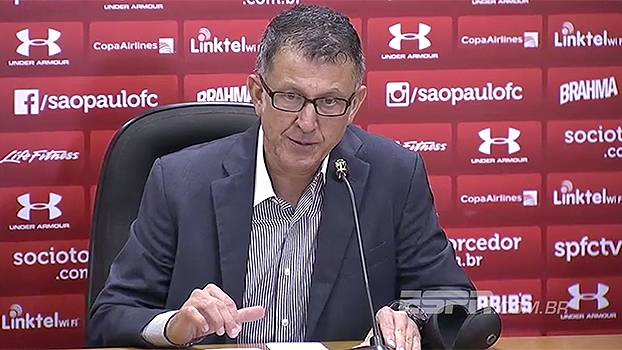 Osório deu todo crédito a jogadores e Milton Cruz na sua primeira vitória no comando tricolor. (Foto: Gazeta Press)