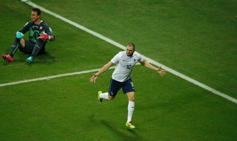 Benzema marca seu terceiro gol na Copa. Novamente, o atacante foi o destaque de sua equipe
