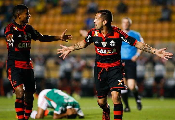 Canteros comemora o primeiro gol do Flamengo. Foto: Alexandre Schneider / Getty Images