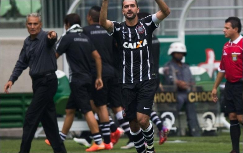 Danilo foi decisivo mais uma vez. Foto: Danilo Verpa / Folhapress