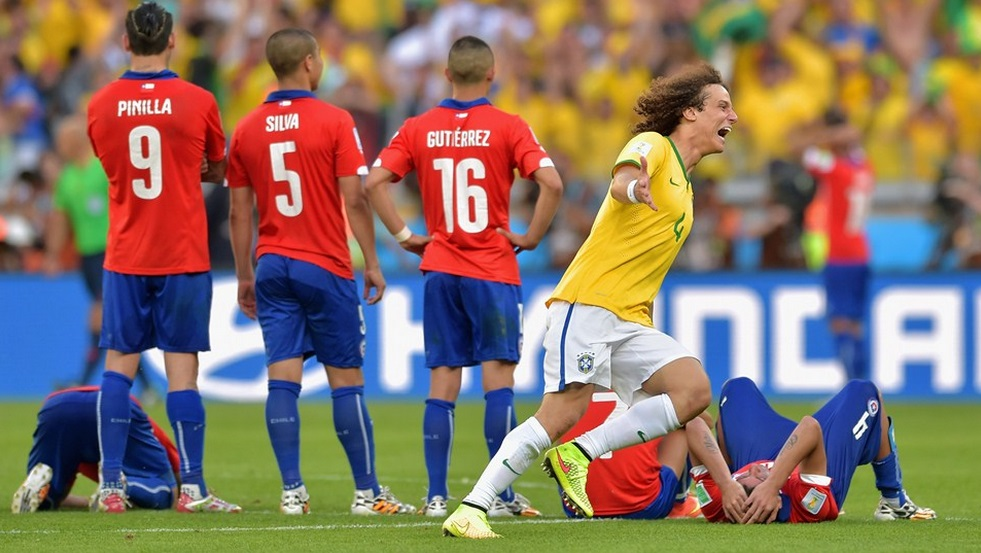 Davi Luis Comemora chilenos frustrados