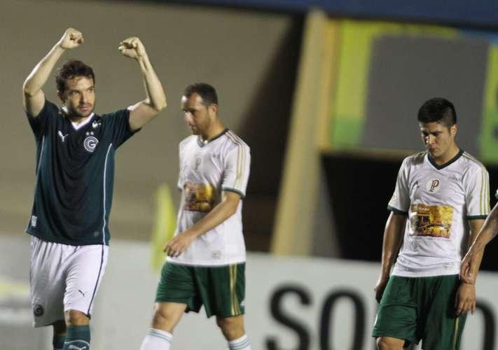 David comemora um dos gols da partida. Foto: Carlos Costa / Lancepress!
