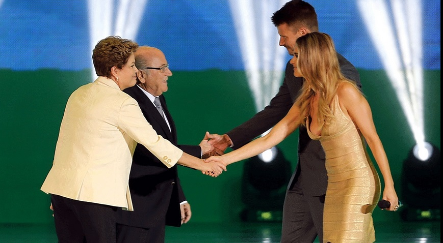 Presidente Dilma e Blater recepcionados por Fernanda Lima e Hilbert. (Foto: Vipcomm)
