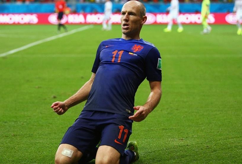 Robben destruiu a zaga espanhola e fez um golaço. (Foto: Getty)