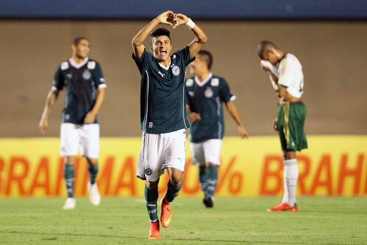 Esquerdinha marcou um gol e deu uma assistência. Foto: Francisco Stuckert / Lancepress!