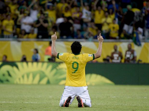 Fred comemora, o artilheiro deixou sua marca duas vezes na partida. Foto: Ricardo Matsukawa / Terra
