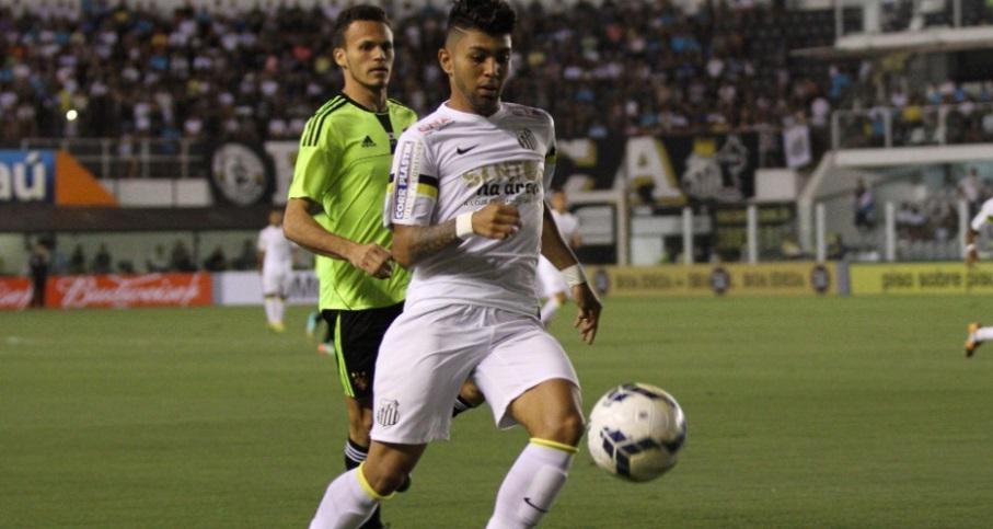 Gabriel fez o gol de empate do Santos diante do Sport na estreia do peixe na Vila Belmiro. (Foto: GEOVANI VELASQUEZ/PHOTO PRESS)