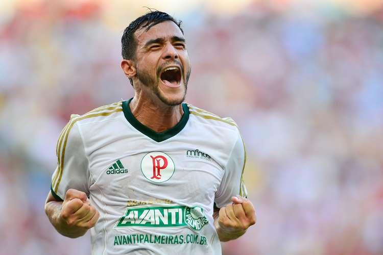 Atacante Henrique comemora seu primeiro gol com a camisa do verdão em sua estréia. Foto: Getty Images