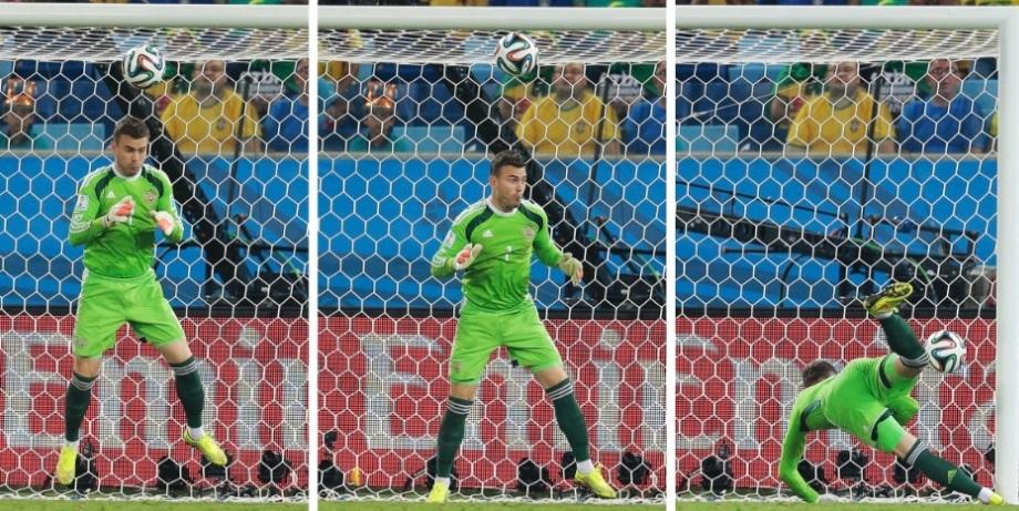 Sequencia de fotos que mostram a folha de Igor Akinfeev no gol da Coreia do Sul. (Foto: AP Photo/Ivan Sekretarev)