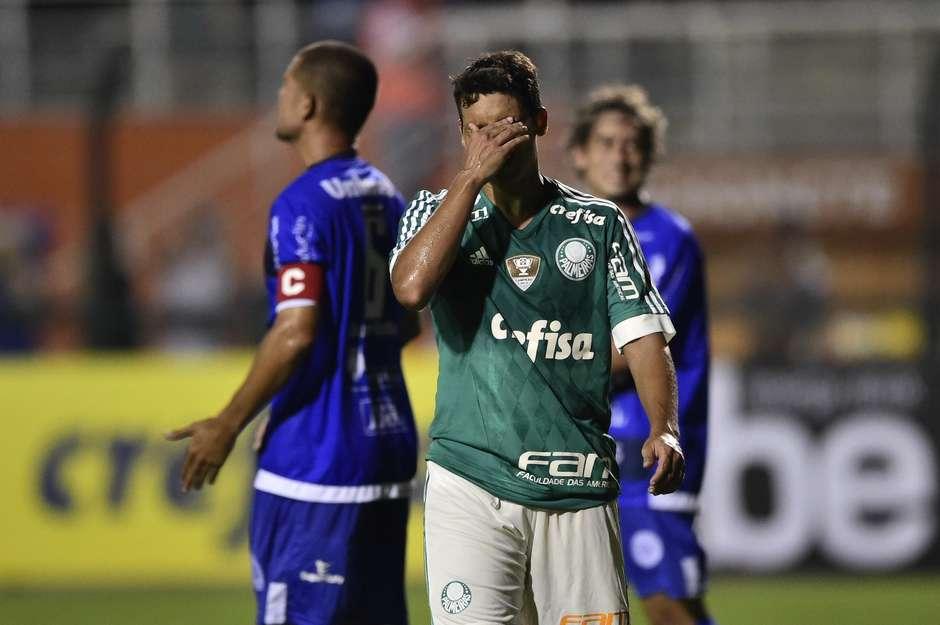 Volante Jean fez a sua estreia pelo Verdão. Foto: Fernando Dantas / Gazeta Press