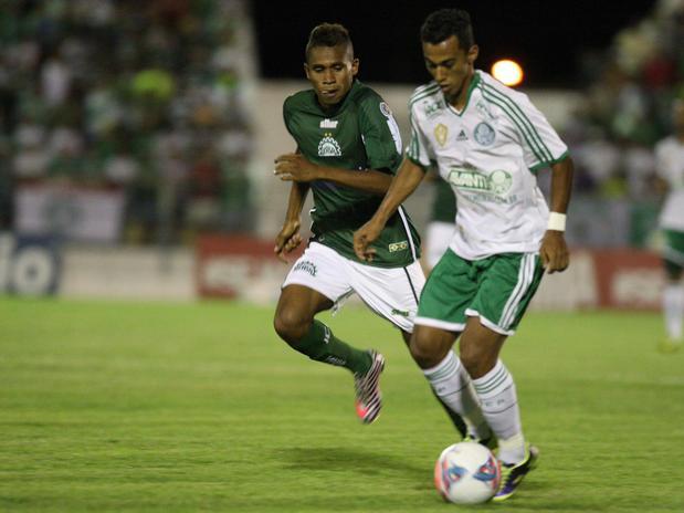 Juninho foi expulso na partida em Juazeiro do Norte. Foto: Futura Press
