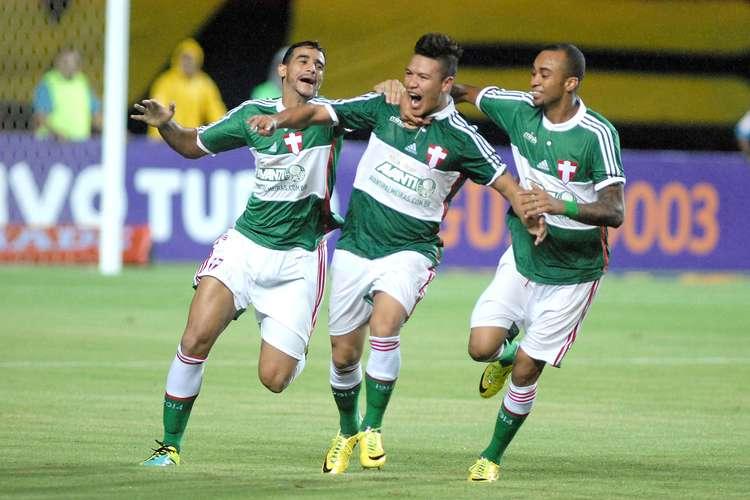 Marquinhos Gabriel comemora o gol do triunfo alviverde. Foto: Romildo de Jesus / Futura Press
