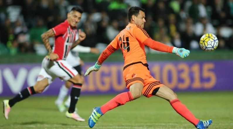 O goleiro Wilson foi o destaque da partida. (Foto: Foto: Gazeta Press)