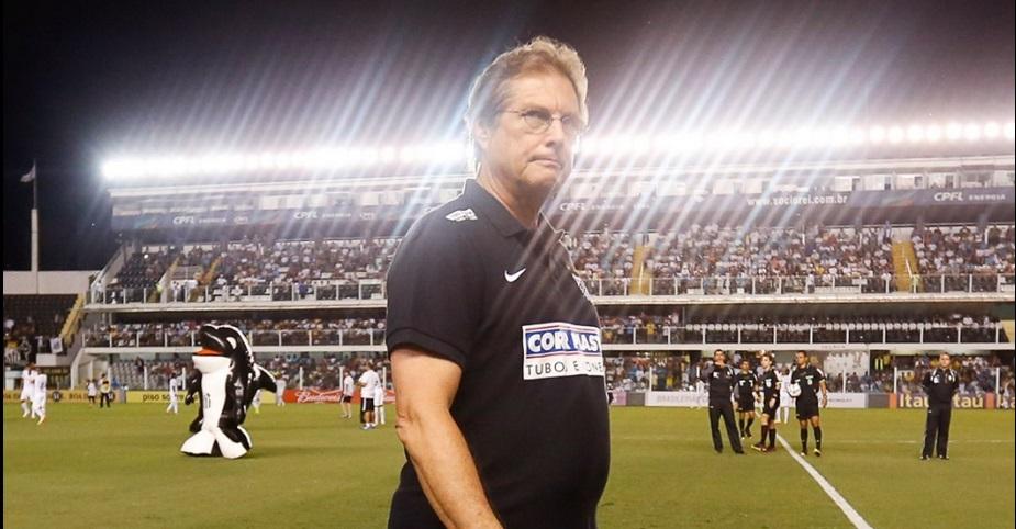 Osvaldo de Oliveira tentou mudar, mas time da Vila não reagiu. (Foto: Bol)