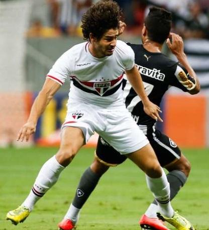 Pato fez gol e fez boa partida pelo tricolor. (Foto: Alexandre Schneider / Getty Images)