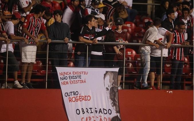 32 mil pessoas compareceram no Morumbi para prestigiar o São Paulo. Foto: Rubens Chiri.