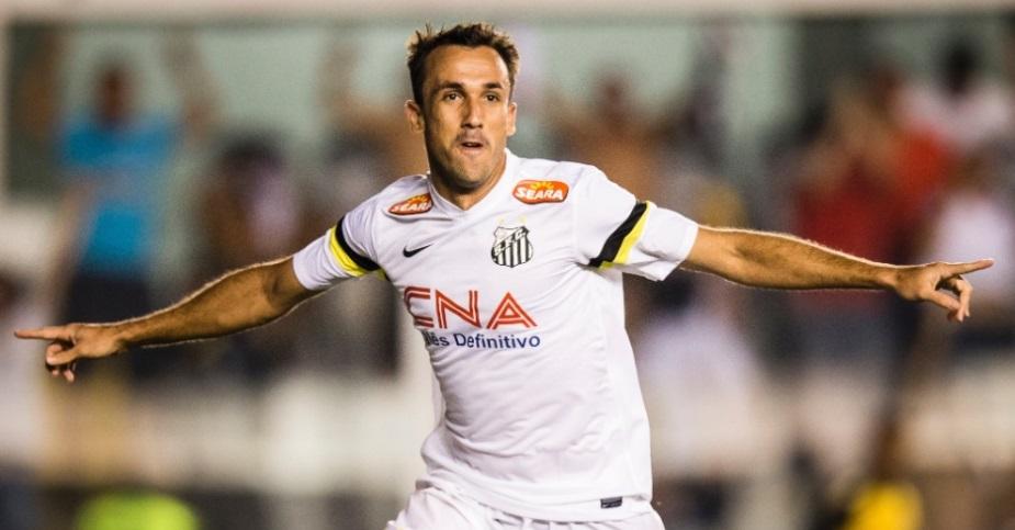 Thiago Ribeiro entrou no segundo tempo e fe dois gols na partida. (Foto: Adriano Vizoni/Folhapress)