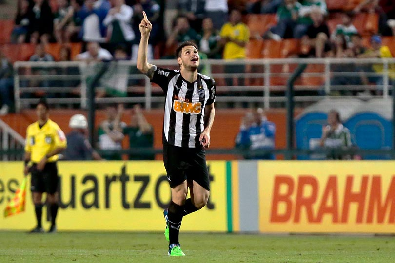Tiago comemora o primeiro gol atleticano. Foto: Ale Cabral / LANCE!Press