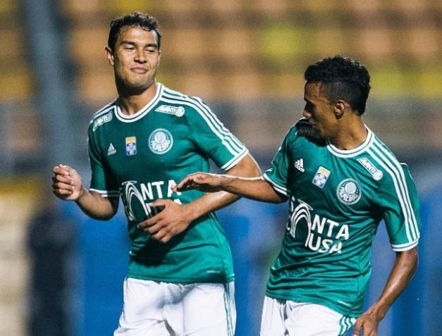 Vinicius comemra seu gol na partida desta noite, no Pacaembu Leonardo Soares