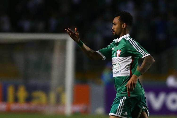 Wesley comemora o gol de empate do verdão. Foto:  Marcos Bezerra / Futura Press