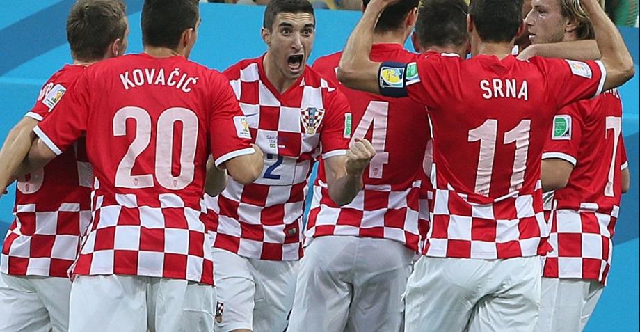 Croatas comemoram gol contra de Marcelo. (Foto: Flavio Florido)