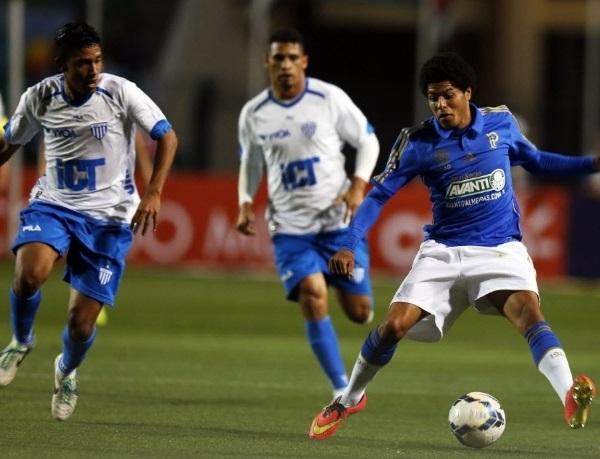 Leandro perdeu duas grandes oportunidades na partida e saiu vaiado. (Foto: Uol)