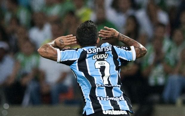 Dudu em atividade pelo Grêmio. Foto: AFP