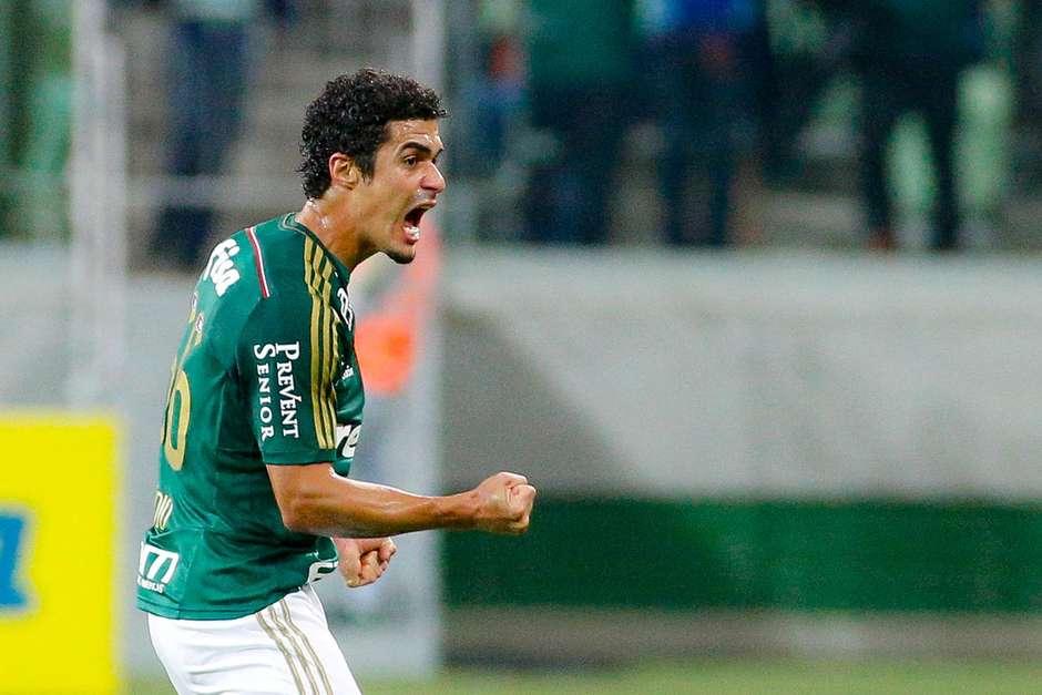 Egídio comemora o gol que abriu o placar. Foto: Rodrigo Coca / Agência Eleven / Gazeta