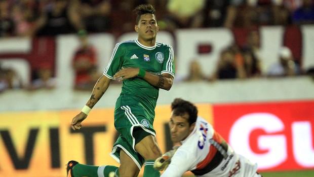 Leandro deixou o seu também contra o Atlético-GO. (Foto: Futura Press)