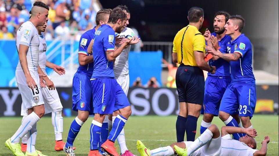 Marchisio deu solada em Maxi Pereira e foi expulso. (Foto: Getty)