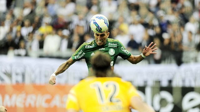 Rafael Marques marcou mais um na Arena Corinthians. (Foto: Marcos Ribolli)