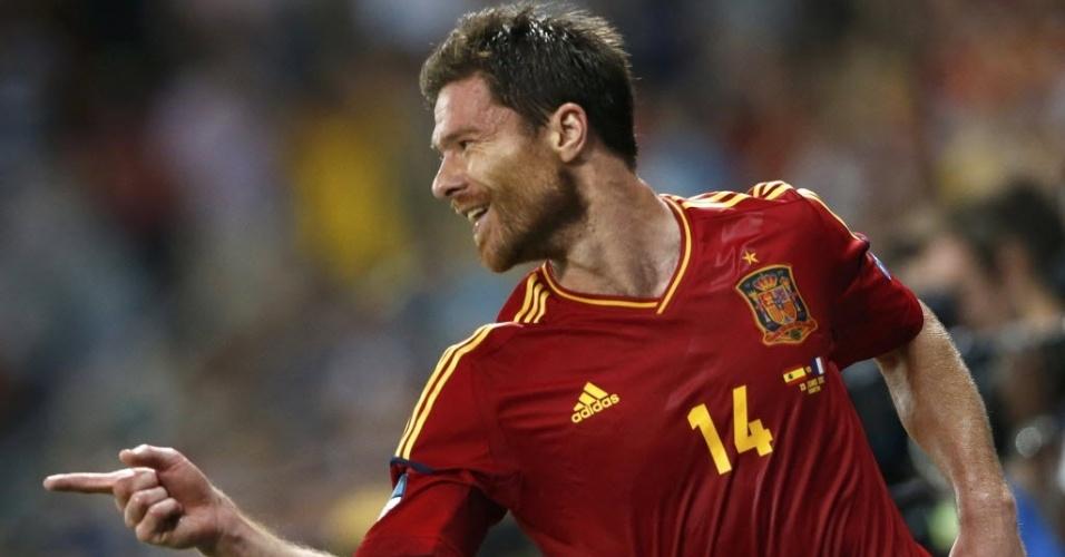 xabi-alonso-comemora-seu-primeiro-gol-na-eurocopa-2012-que-abriu-o-placar-nas-quartas-de-final-1340479252853_956x500